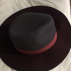 2 toned floppy hat/Sold